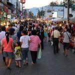 Marché de nuit du dimanche soir à Chiang Mai