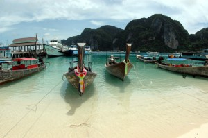 Bateaux longs à Koh Phi Phi