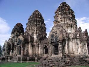 Temples des singes à Lopburi