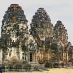 Wat Phra Prang Sam Yod