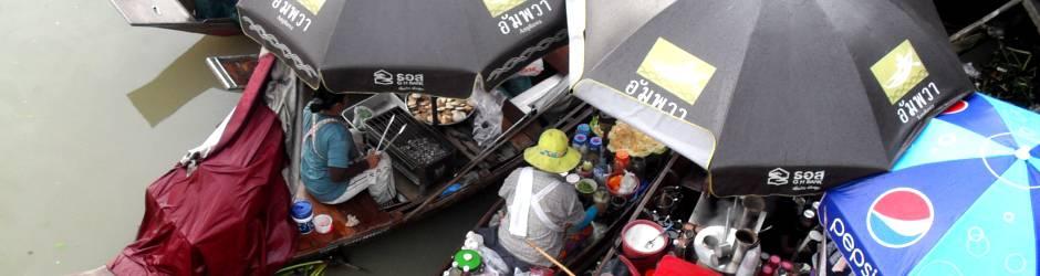 Marché flottant à Amphawa