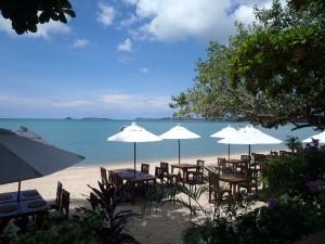 Restaurant sur une plage de Koh Samui
