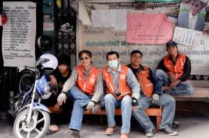 Chauffeurs de moto-taxi à Bangkok
