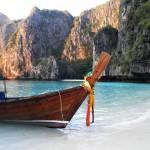 Longue barque à Koh Phi Phi Lee