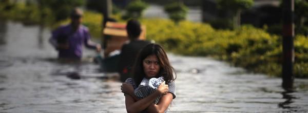 Le Nord de Bangkok est fortement touché par les inondations