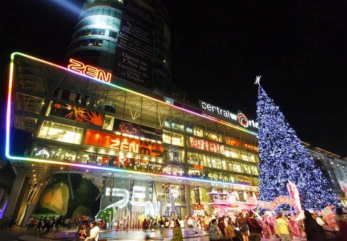 Centre commercial CentralWorld aux couleurs de Noël