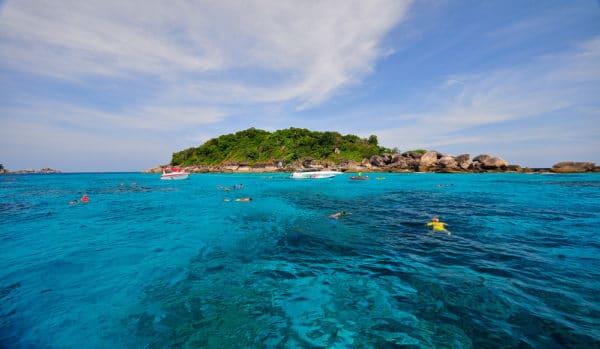 Faire de la plongée sous-marine aux îles Similan