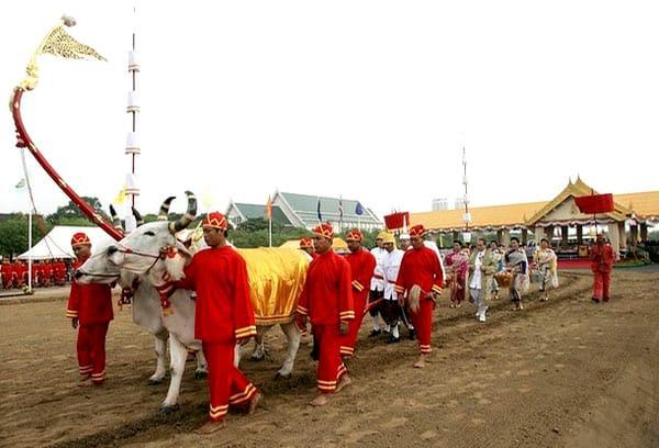 La cérémonie royale du Labour en Thaïlande