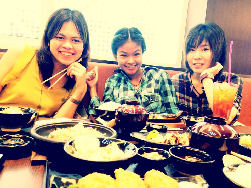 Des amies thaïlandaises