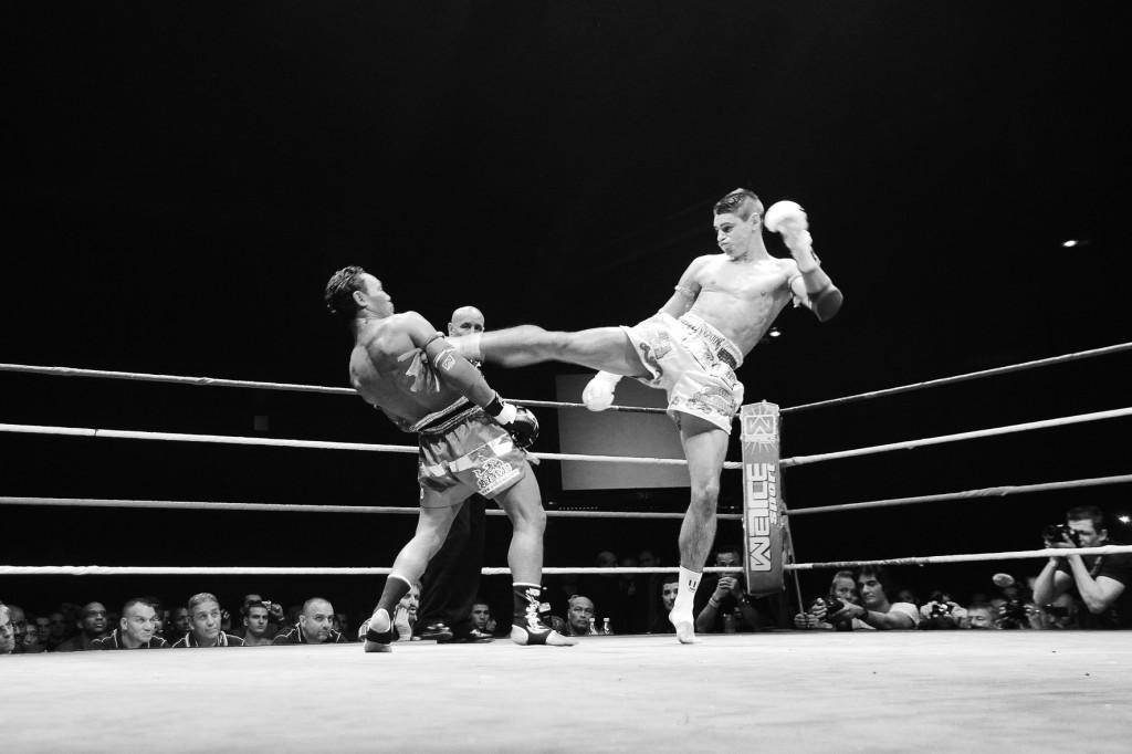 Muay Thai : Alamos vs Saenchai