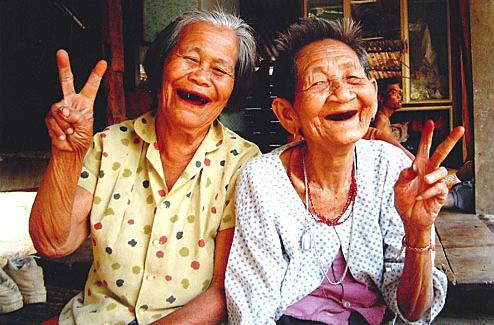 action sur le sourire en Thaïlande