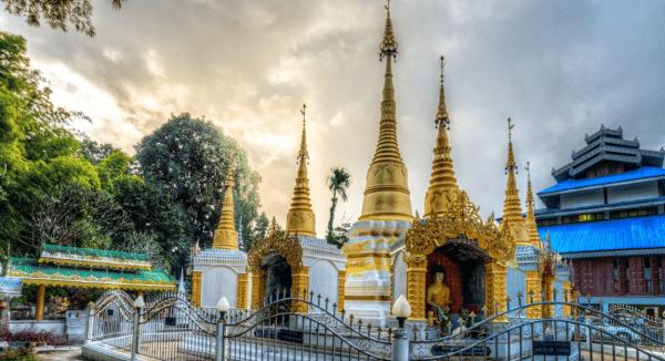 Temple Wat Pa Kham à Pai