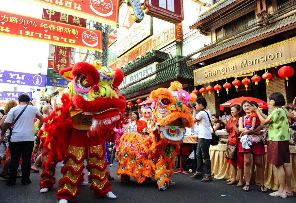 The Parade in Chinese New Year Festival 2014  at Chinatown (Yaowarat Road), Bangkok *** Local Caption *** ขบวนแห่ในเทศกาลตรุษจีน 2557 ที่ถนนเยาวราช จังหวัดกรุงเทพมหานคร