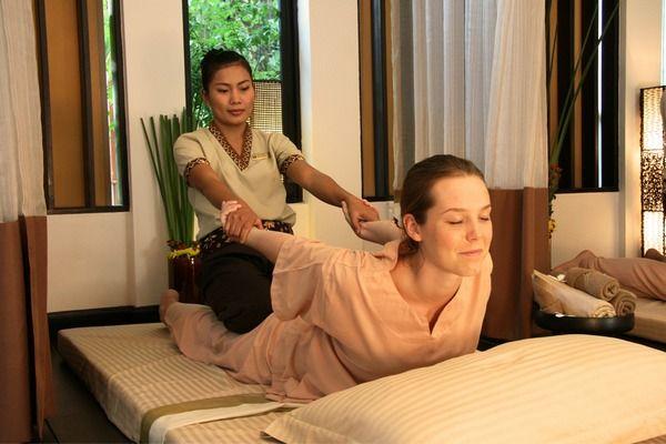 massage-thaïlandais-étirement