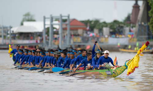 Thailand-International-Swan-Boat-Race-01